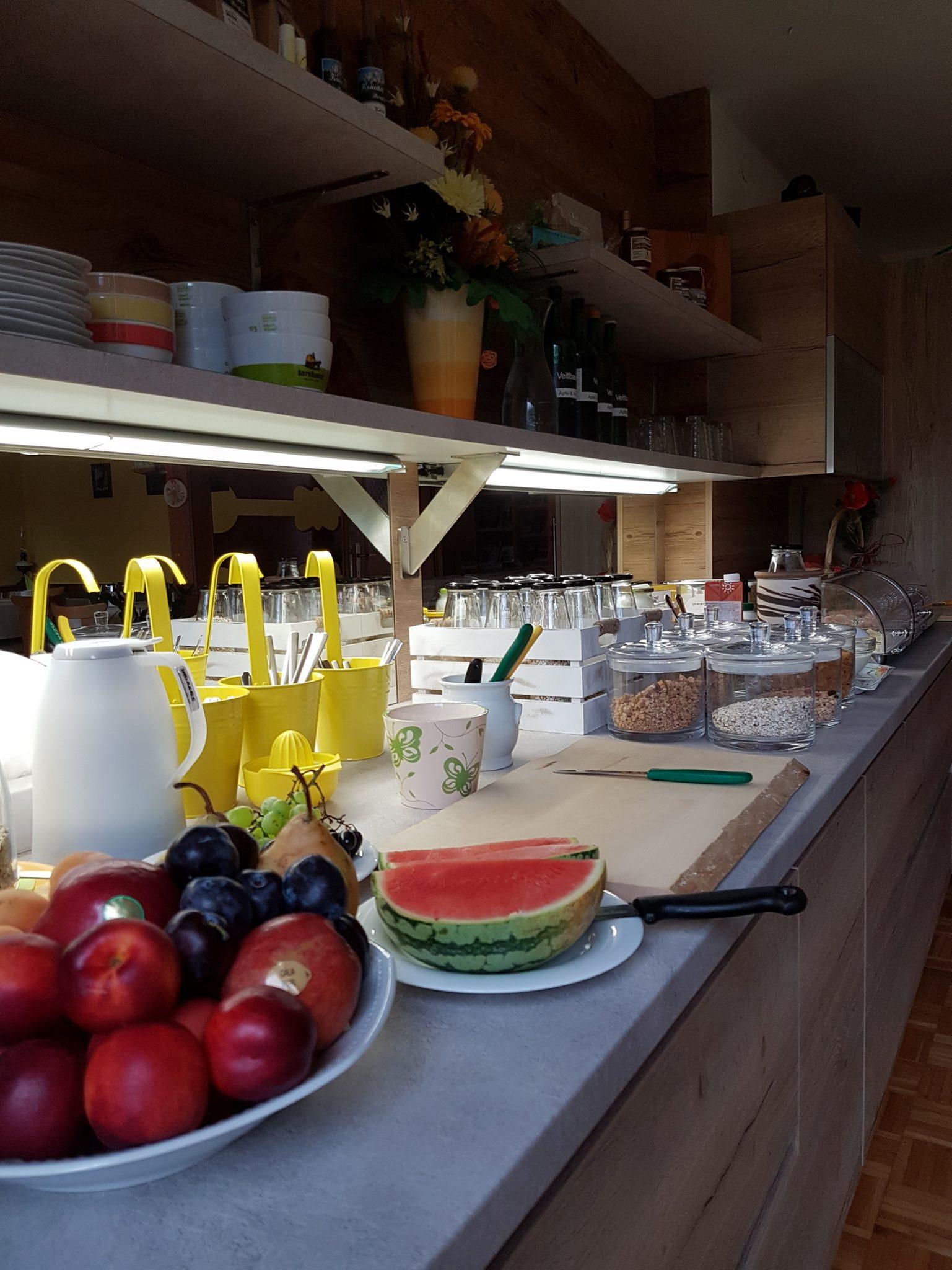 Frühstücksbuffet Privatzimmer Gassner Nationalpark Gesäuse